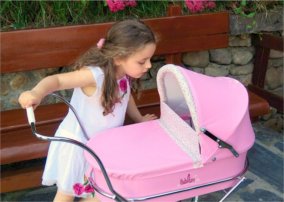 réplicas de juguete de coches y sillas de bebé inspirados en el estilo clásico vintage inglés-Juguetes artesanales fabricados a mano